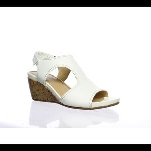 Naturalizer white leather wedge sandals 7 $90